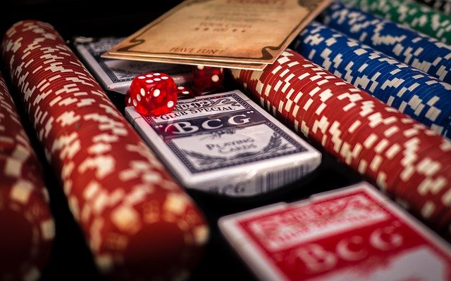 Planning to explore online gambling site- do not miss to grab these bonuses  and rewards